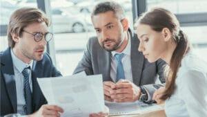contratar una empresa legal